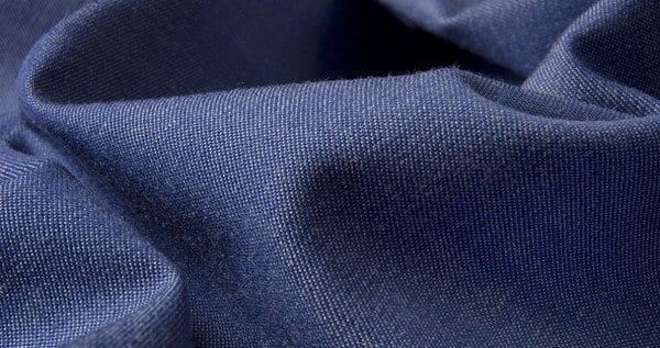 Ưu nhược điểm của quần áo bảo hộ may bằng vải kaki và vải jean